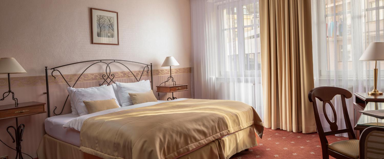 Dvojlůžkový pokoj hotelu Promenáda