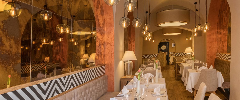 Luxusní večeře v restauraci hotelu Promenáda